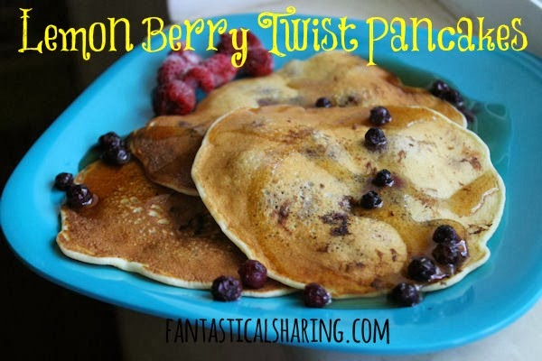 Lemon Berry Twist Pancakes | A lemony berry #breakfast with a hint of cardamom