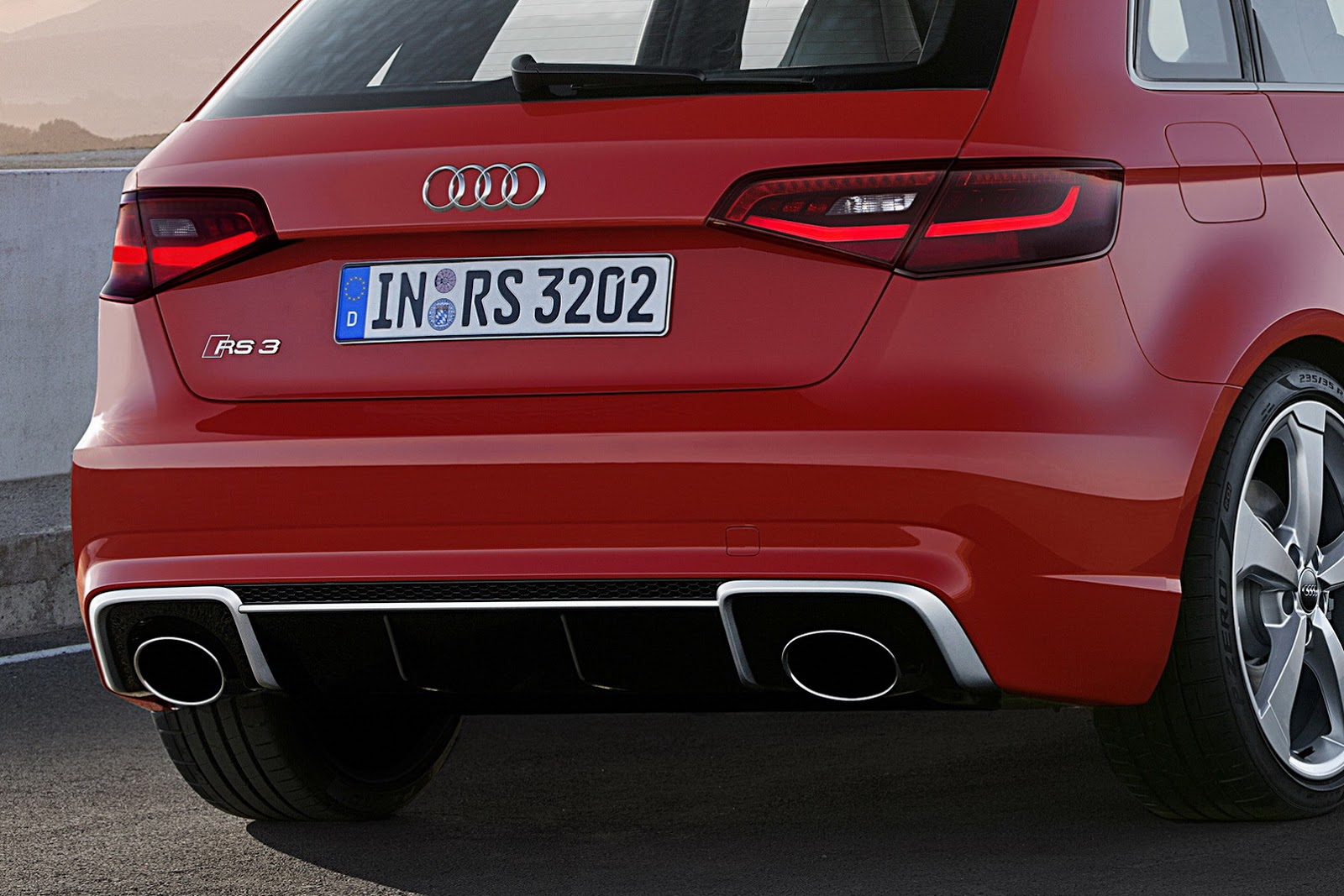 Audi's New Spicy Hot RS3 Sportback Has a 362HP 2.5-Liter ...