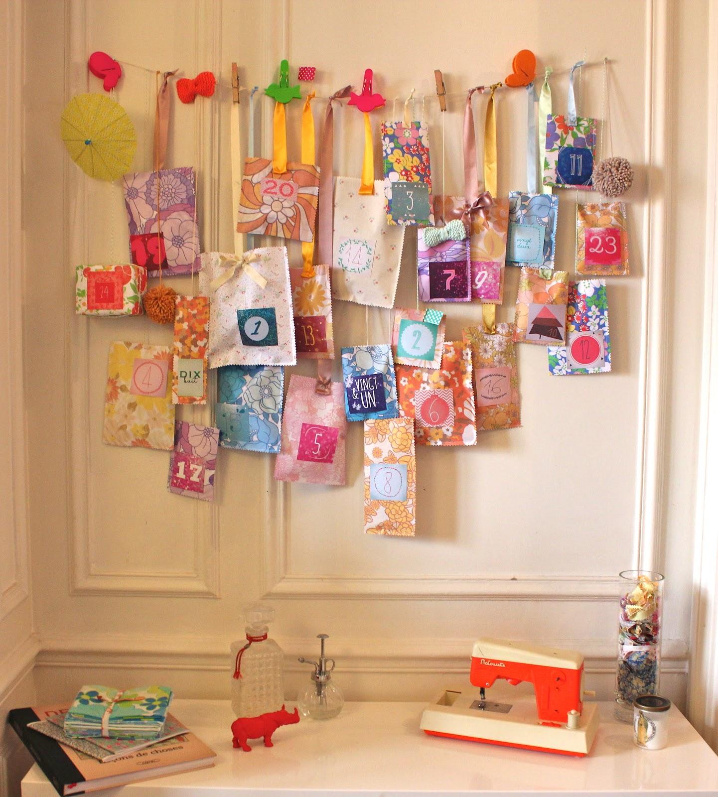 le calendrier de l 39 avent de violette ritalechat. Black Bedroom Furniture Sets. Home Design Ideas