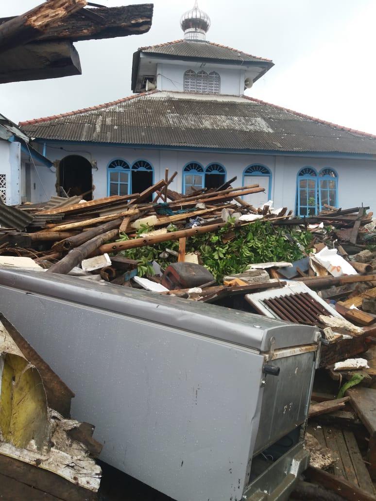 Sama-Sama Terjadi Di Bibir Pantai, Ini Dua Kuasa Allah Saat Tsunami Selat Sunda