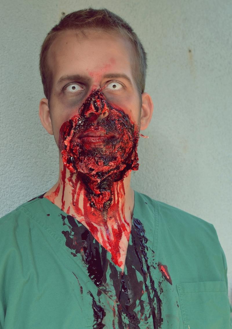 Halloween_Make_Up_Chirurg_Arzt_Zombie_Männer_viktoriasarina_freund