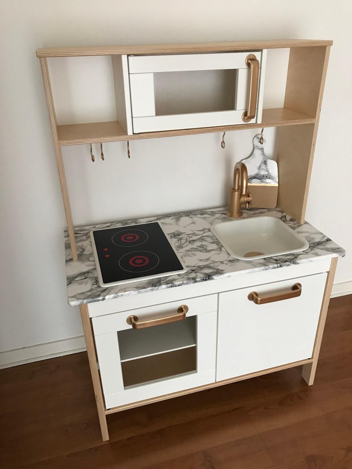 ikea cuisine pour enfant cuisine bois enfant ikea mjtj. Black Bedroom Furniture Sets. Home Design Ideas