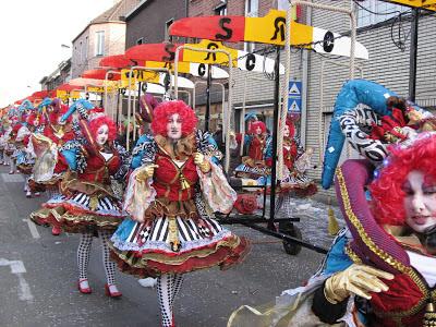 http://carnavalskoentje.blogspot.be/2013/05/carnaval-2008.html