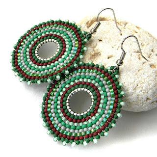 купить украшения из бисера крупные зеленые серьги круглой формы