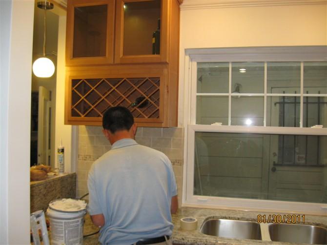 kitchen remodel dallas columns houston remodeling 休斯顿张先生家厨房改造 理石台面的安装 地砖 地板工程