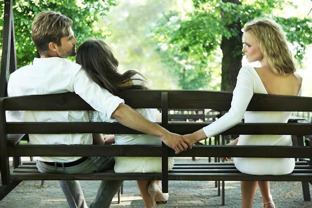 Inilah Tanda - Tanda Pasangan Andn Ketika Sedang Selingkuh