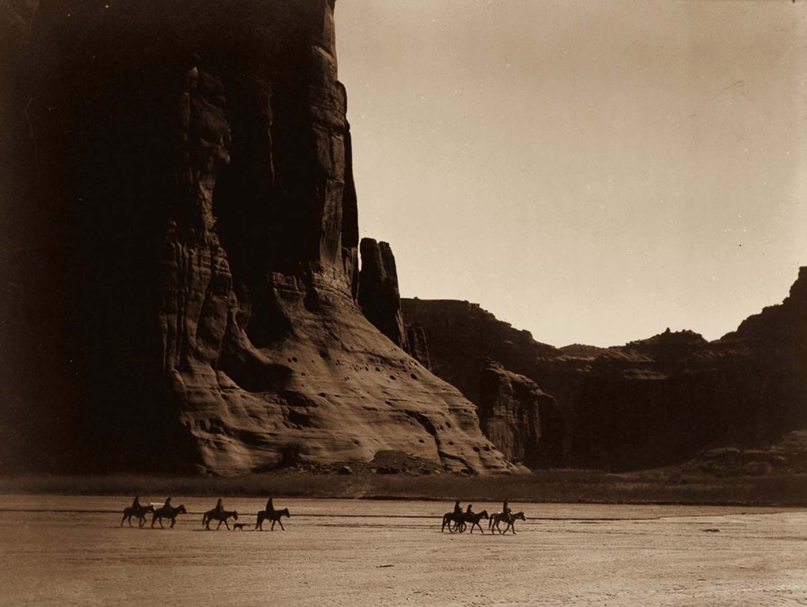 A group of Navajo in the Canyon de Chelly, Arizona. 1904.