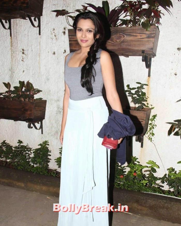 Mrinalini Sharma, Pics from '3 AM' Movie Special Screening