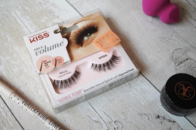 Kiss Ritzy lashes