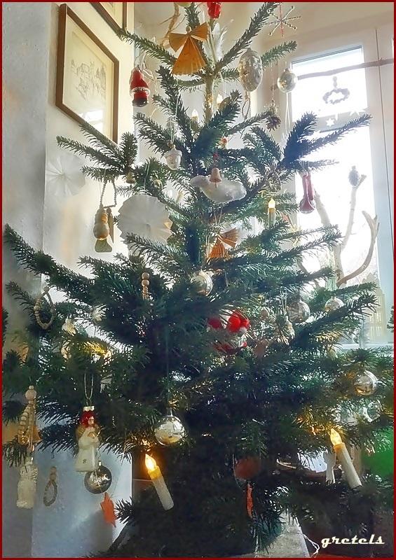 vorher nachher fr her oder wem geh rt der weihnachtsbaum. Black Bedroom Furniture Sets. Home Design Ideas
