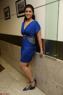 Mannara Chopra in Short Blue Dress at Rogue Movie Teaser Launch 1st March 2017 064.JPG