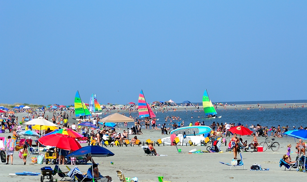 St Simons Has Excellent Beaches And There Is Public Access All Along The S It Was A Hot Sunny Saay As Expected Crowded