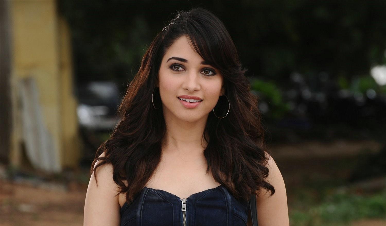 Www Tamanna: Tamanna Bhatia In Kaththi Sandai Movie