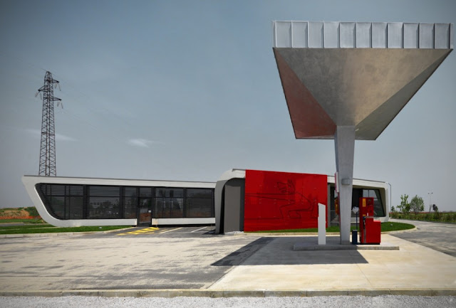 Single pump at the Gazoline Petrol Station by Damilano Studio Architects