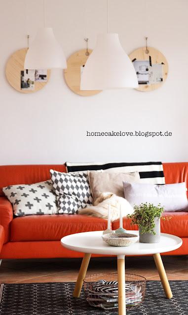 diy holztablett als wanddeko, ikea lampen, wohnzimmer, blumenvase als kerzenständer, vintage blumentopf  mit pflanze