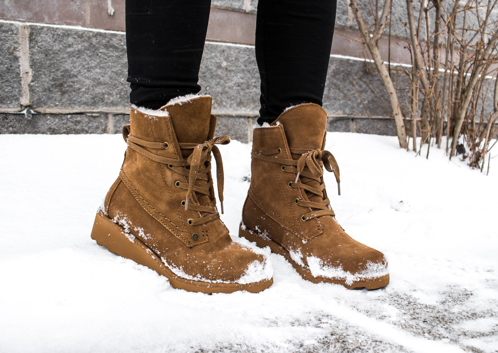 bearpaw-winter-boots-outfit