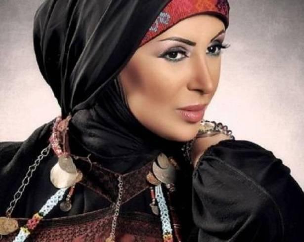 أول ظهور لشاهيناز بعد خلع الحجاب.. صورة