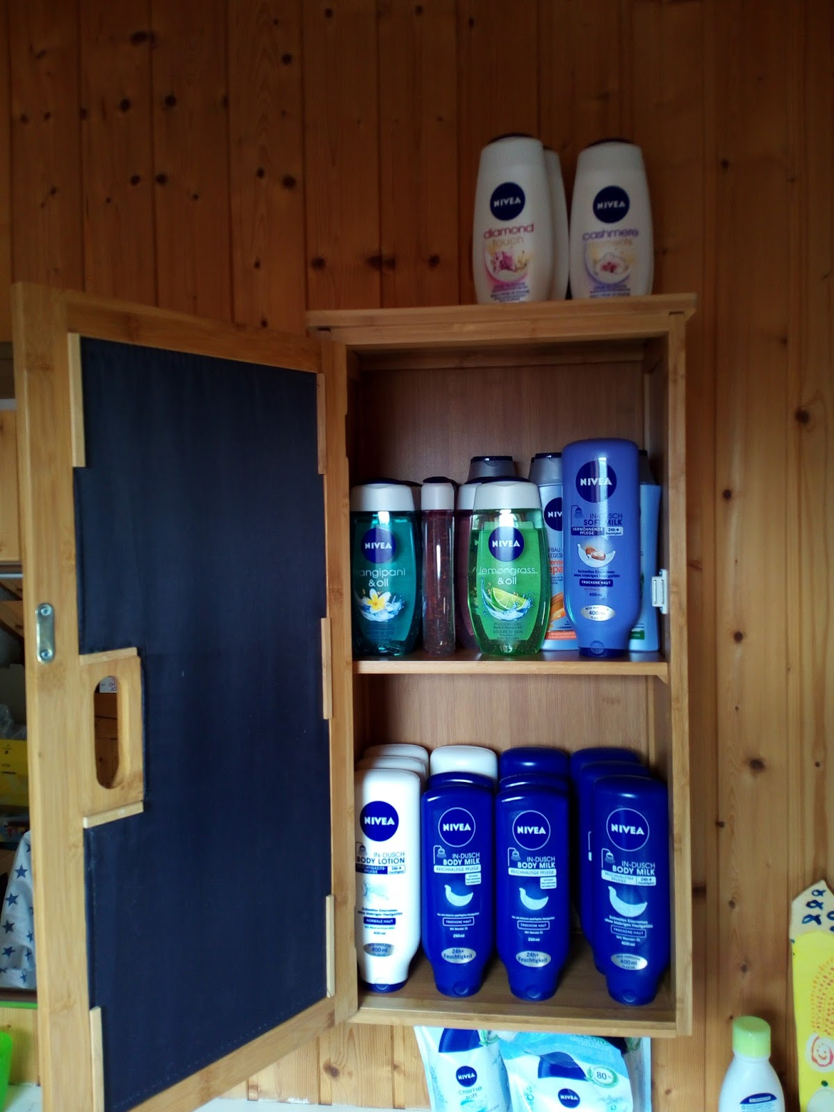 Relaxdays badezimmerschrank aus bambus - Badezimmerschrank bambus ...