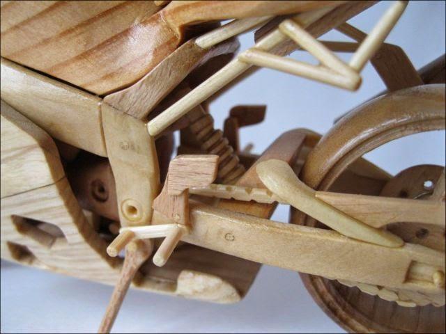 Motos de madera