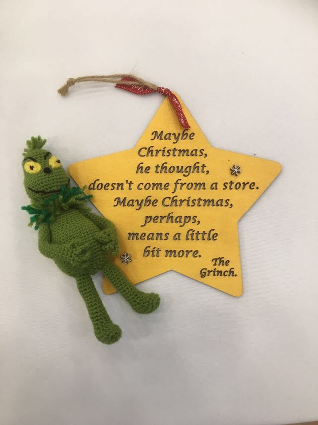 Crochet Amigurumi Grinch | free pattern comes from: www.face… | Flickr | 854x640