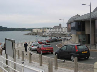 View Along Hoe Road above Tinside Lido.