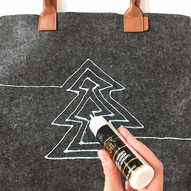 diy-christmas-tote-gold-foil-thermoweb-harlow-and-thistle-3