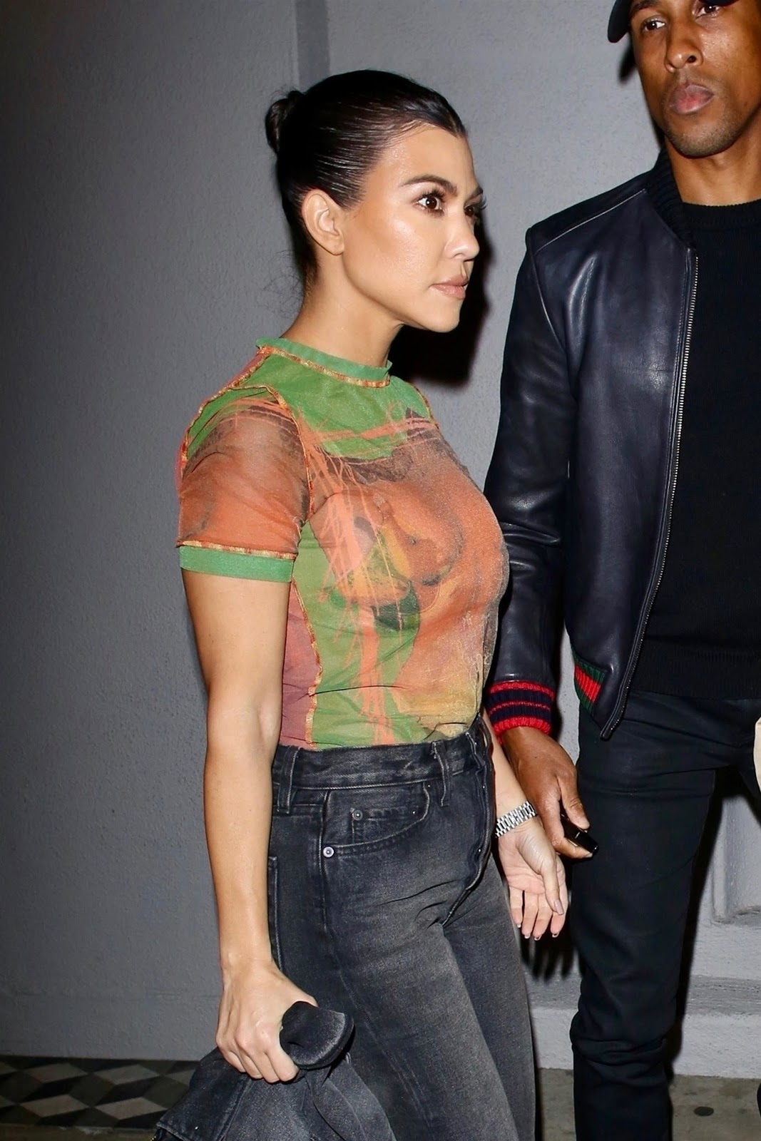 Kourtney Kardashian was seen leaving Craig's restaurant after a late dinner with her sister Kendall Jenner in West Hollywood 01/29/2019