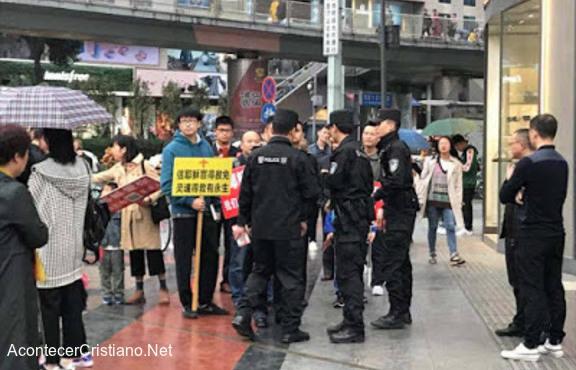 Cristianos chinos arrestados por predicar
