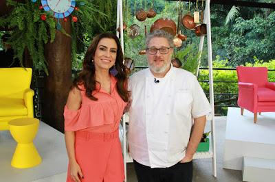 Ticiana e o chef Benny (Crédito: Gabriel Gabe)