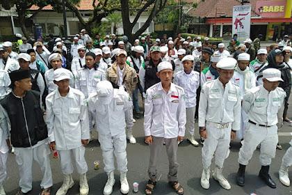 Umat Islam Kepung PN Bandung, Tuntut Keadilan Sidang Pra Peradilan SP3 HRS