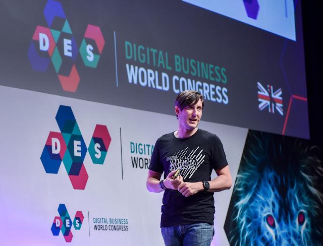 Glenn Gore, Chief Architect Officer de Amazon Web Services