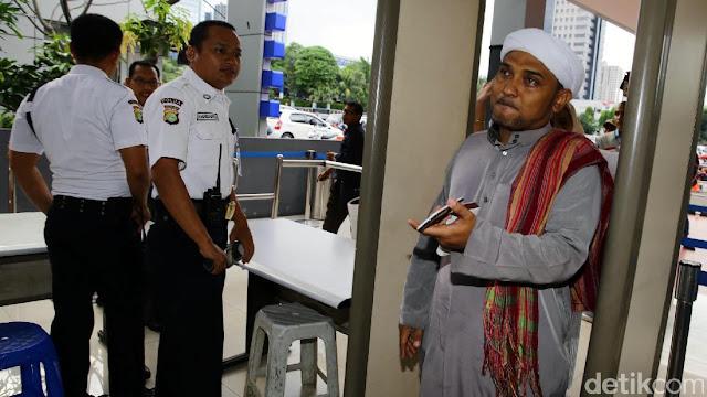 Novel Bamukmin Klarifikasi soal PA 212 Curiga Ahok Balas Dendam Lewat PDIP