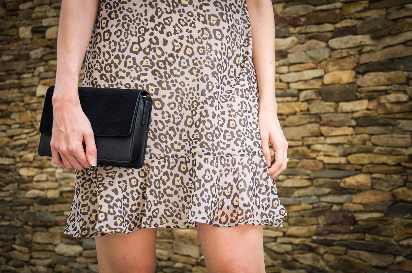 1b5b6b6ed456 Fairly Yours | Chicago based life and style blog: spotted flounce dress