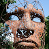 Esculturas de cabezas .
