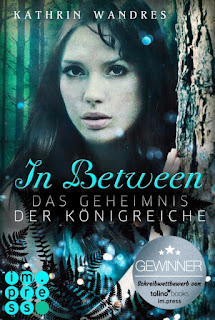 https://www.carlsen.de/epub/in-between-das-geheimnis-der-koenigreiche/87339
