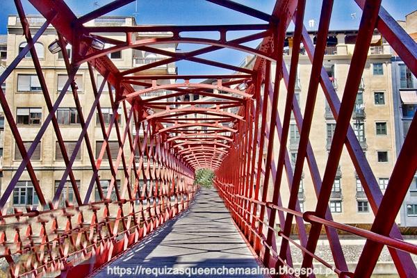 Pont de les Peixateries Velles, ponte pedonal em ferro construída por Eiffel