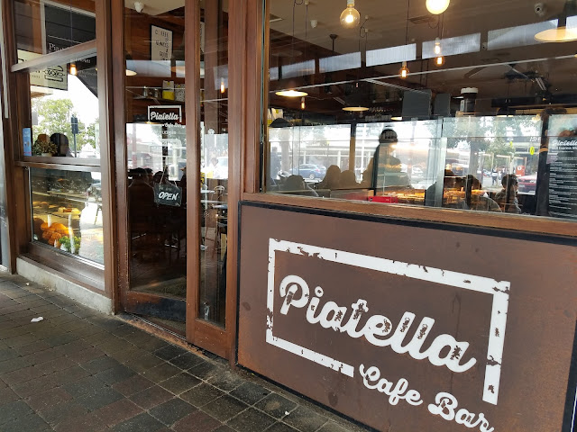 Piatella, Glen Waverley