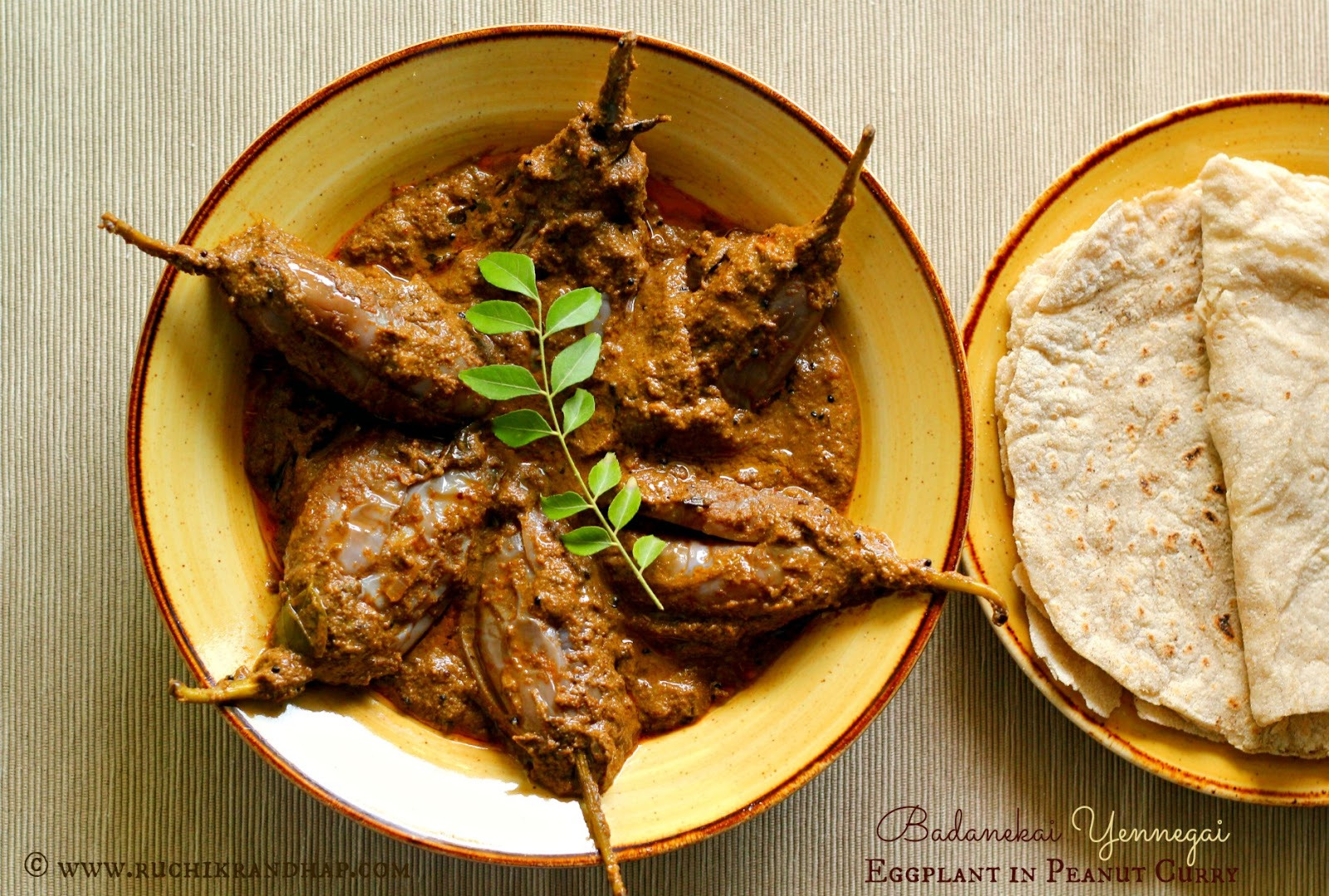 Badanekai yennegai north karnataka style eggplant in peanut curry last months theme for breadbakers the bread baking group that i am part of had given us the theme of ancient grains and i picked jolada rotti or sorghum forumfinder Gallery