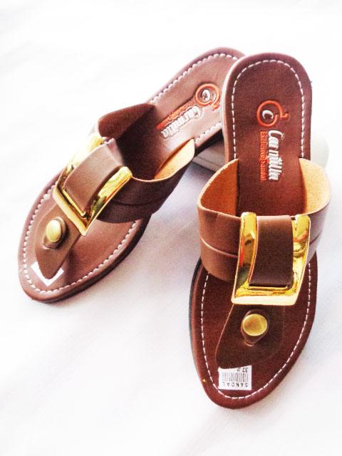 sandal carmilla Gesper Warna hitam tan