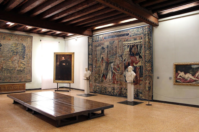 Obras expostas no Ca' d'oro em Veneza