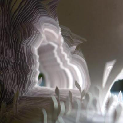 """La grotte artificielle : Gros plan sur le livre d'artiste d'Isabelle Faivre """"Une simple absence"""" - exposition Jardins Parisiens - Galerie de la Marraine"""