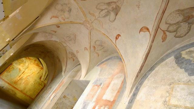 Koridorius Vilniaus bernardinų bažnyčioje