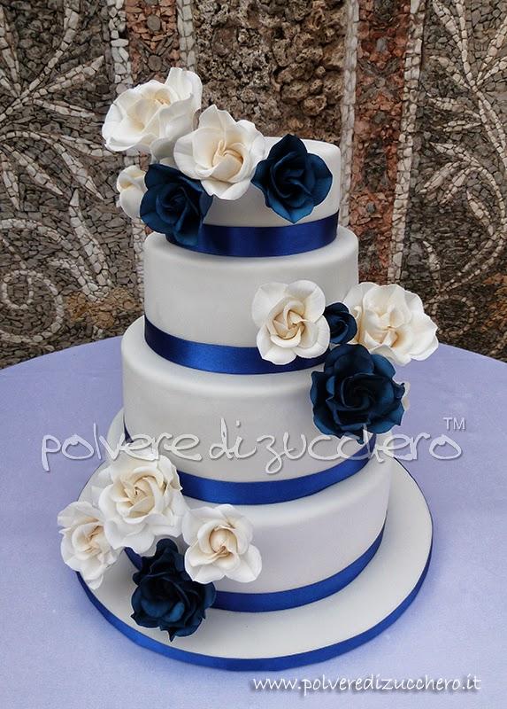 Torta nuziale con rose bianche e blu cina Wedding cake 4