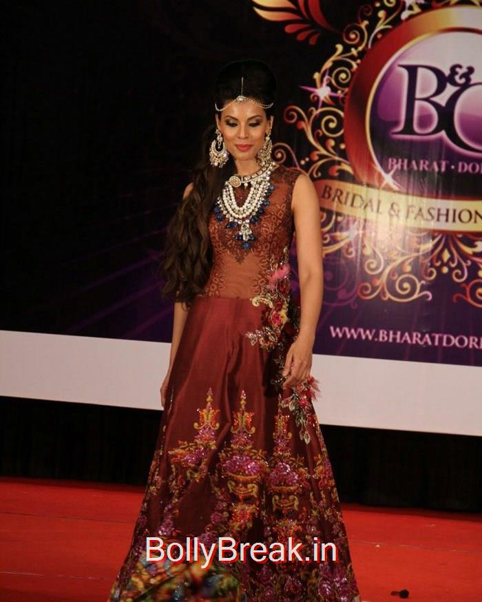 Deepti Gujral, Sandeepa Dhar Deepti Gujral Hot Pics At Bharat & Dorris hosts Mega MakeUp & Hair Styling Seminar 2015