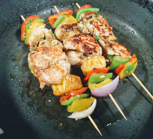 Crisp Goldren Hawaiian chicken kebabs kabobs recipe on Pan