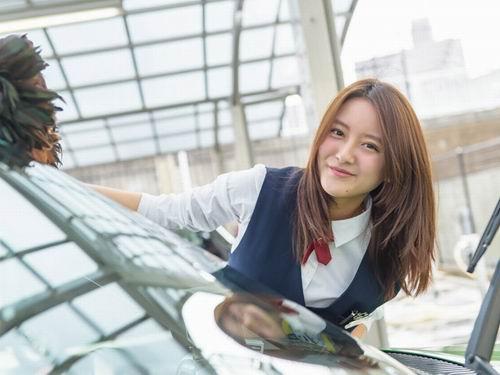 BandarQ - Supir Taksi Tercantik Di Jepang
