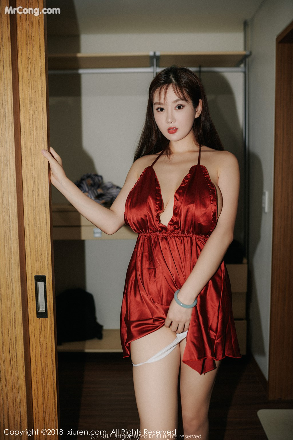Image XIUREN-No.1204-Silvia-MrCong.com-005 in post XIUREN No.1204: Người mẫu 易阳Silvia (33 ảnh)