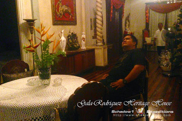 Gala-Rodriguez Ancestral House, Sala - Schadow1 Expeditions