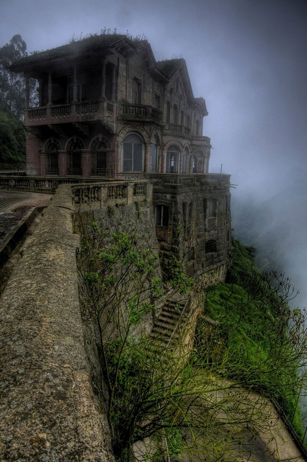 Most Beautiful Abandoned Hotels Around The World El Hotel del Salto, Colombia