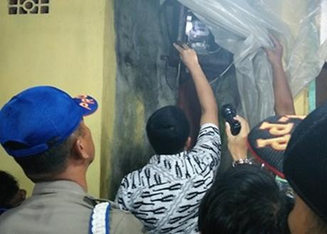 """Bapenda Kota Padang Lakukan Penertiban """"Pencurian"""" Listrik Melalui PJU"""